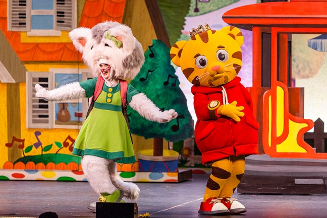 Daniel Tiger's Neighborhood Live: King For A Day! Comes To The Broward Center